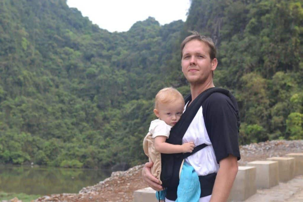 an image of a dad using the best Ergo baby carrier