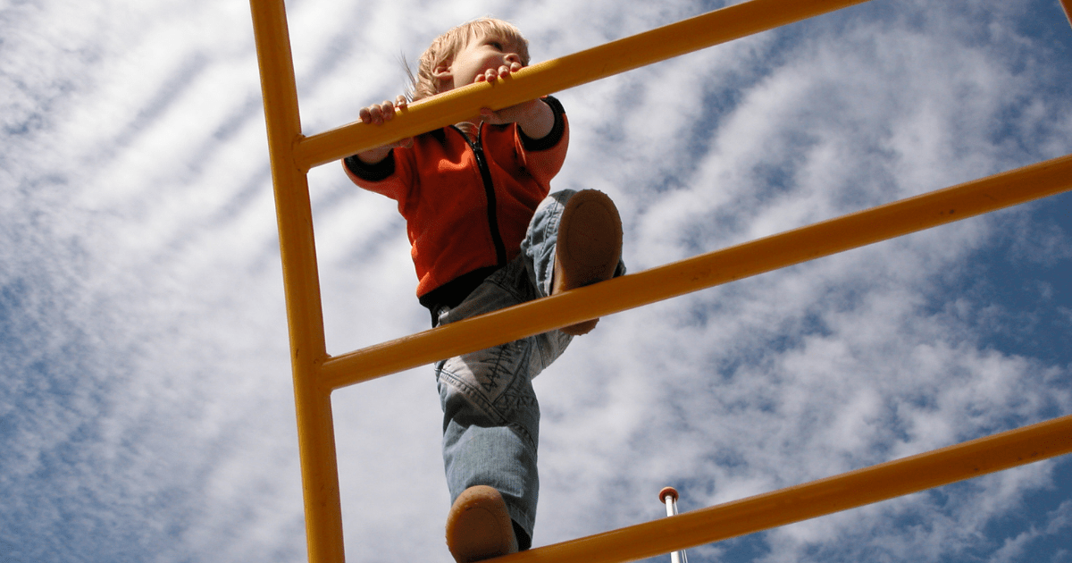 Everything You Need To Know About Risky Play And It's Advantages
