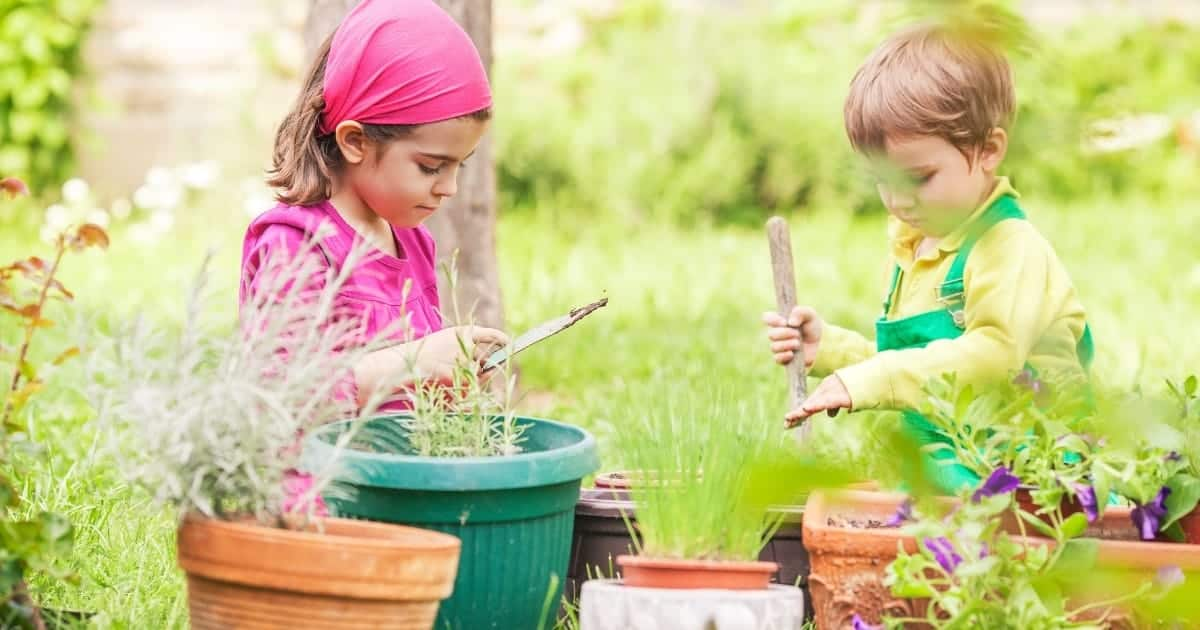 Gardening for Kids: Awesome Science Experiments with Plants
